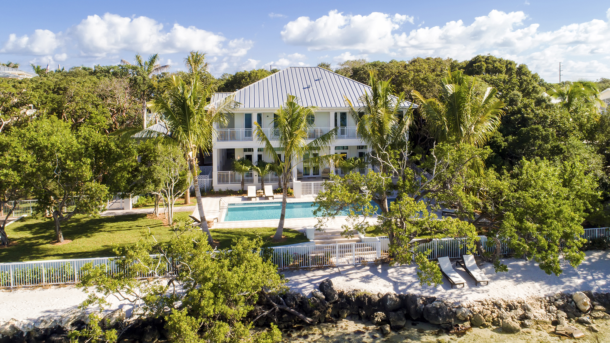 Playa Largo Beach House Resort