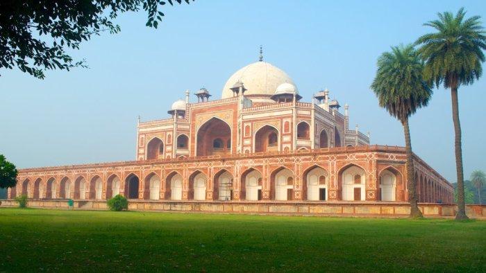 Cheap Flights To New Delhi, Direct flights To New Delhi, Top 10 things to do in New Delhi, New Delhi Tourism, Top 10 things to do in india, Top 10 things to do in delhi,