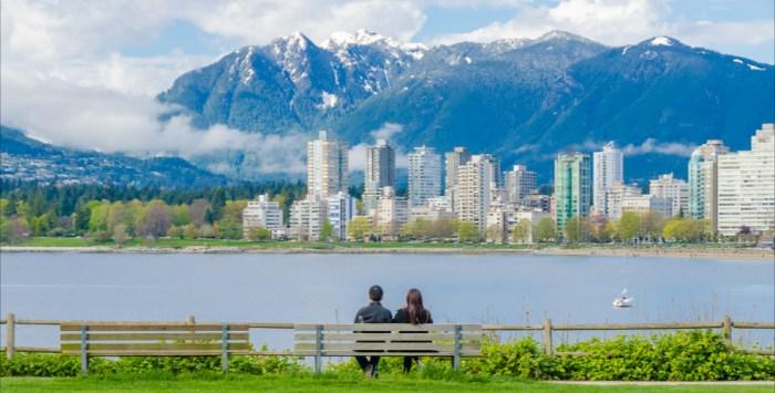 Vancouver-travel-wide-flights
