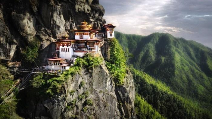 Solo Travels in Bhutan, TravelWideFlights