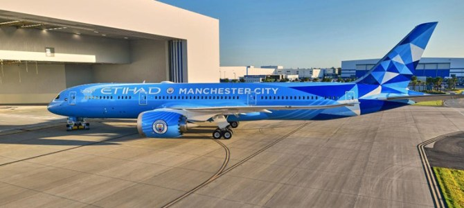 Etihad Airways Receive Special Manchester City livery Boeing 787-9 Dreamliner