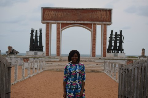 Ouidah_door of no return