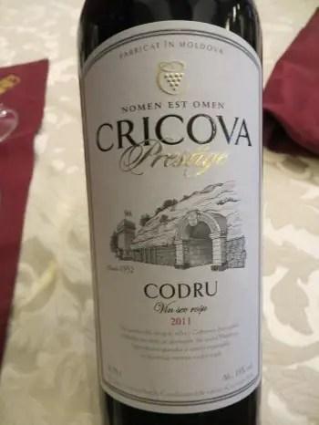 O sticlă de vin Codru, Cricova, Moldova