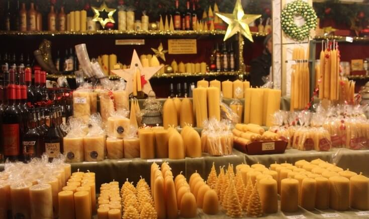 Christmas market bee products