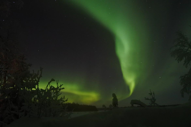 Noorderlicht boven Meer in Lapland