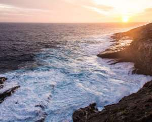 Kangaroo Island Sunset with the waves close to the cliffs