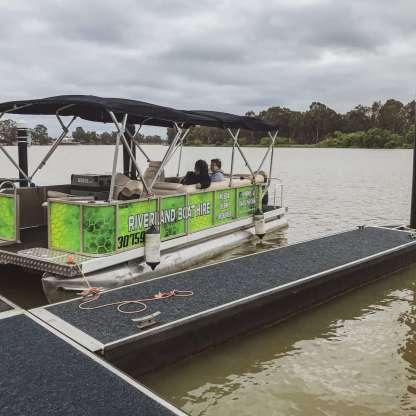 Renmark Boat Hire Pontoon
