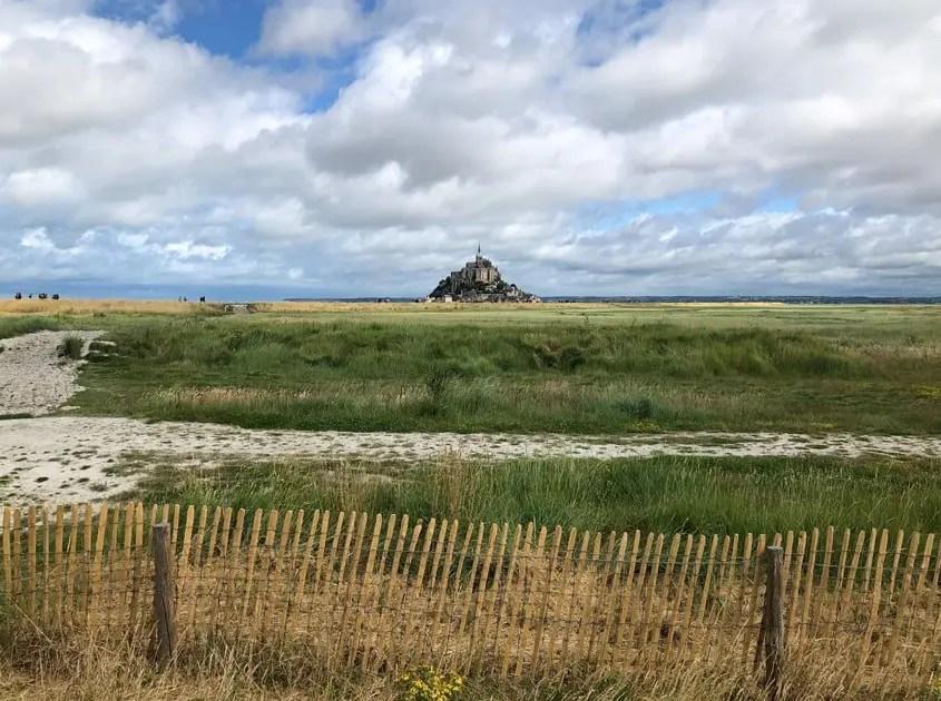 Mont Saint Michel tra i campi