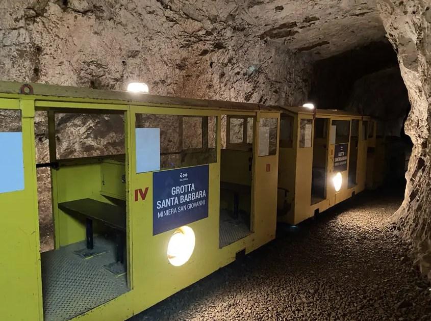 trenino grotta di Santa Barbara