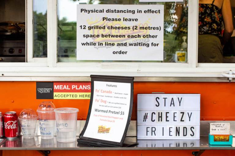 Fo'Cheezy Food Truck Physical Distancing Sign