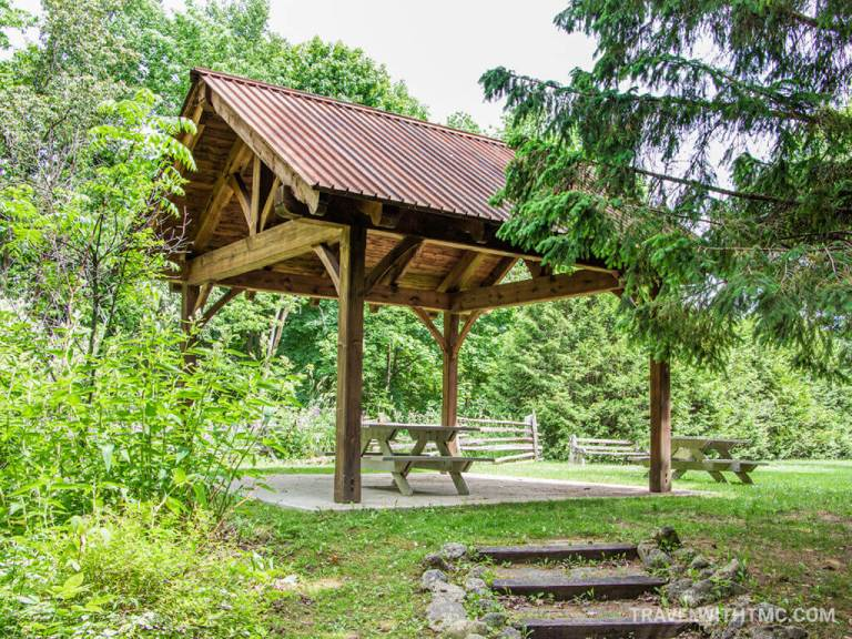 Holstein Dam Covered Picnic Table