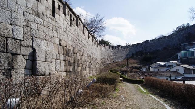 Seoul Wall