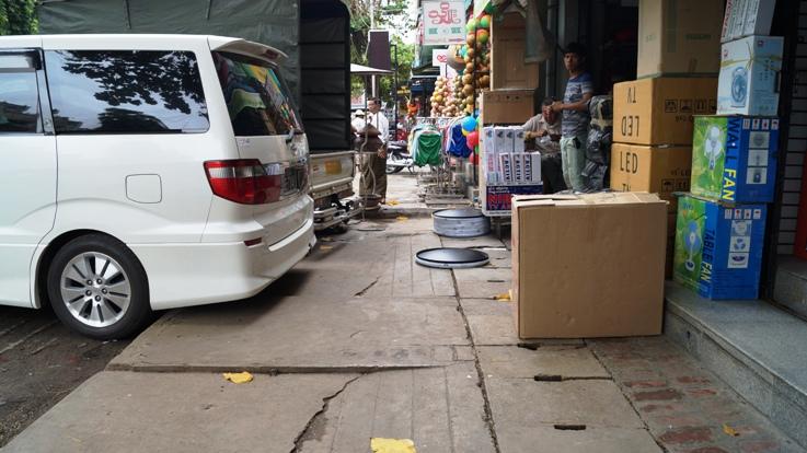 Sidewalk in Mandalay
