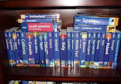 I Don't Use The Lonely Planet And YOU Shouldn't Either!