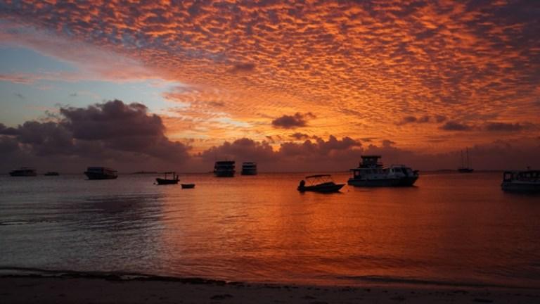 Dhangethi Sunset