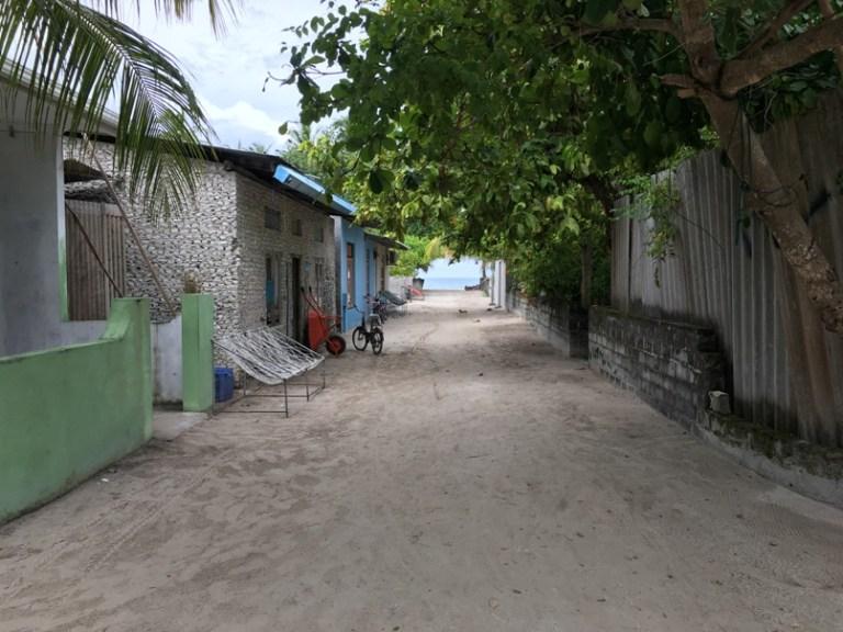Streets of Dhigurah