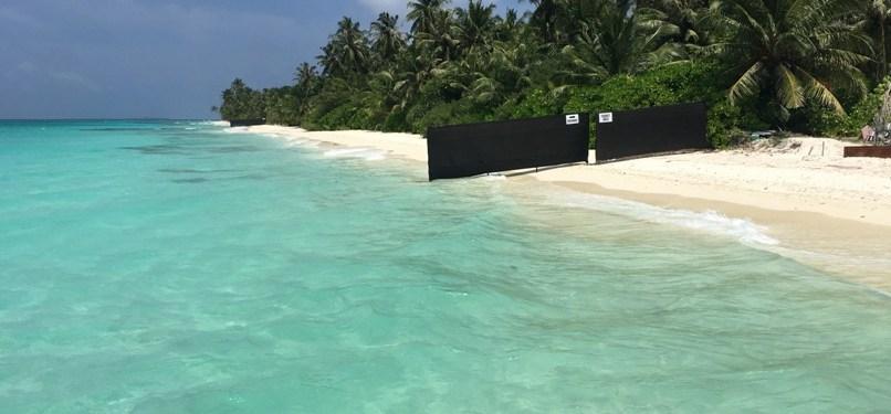 Maldives Travel – What is a 'Bikini Beach?'
