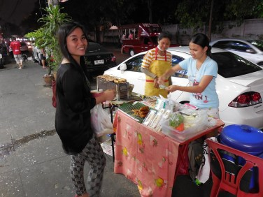 The street food vendors on Soi 24, the street that runs along the southern edge of the Hua Mak Sports Complex, provide a less crowded alternative to the Ramkhamhaeng Night Market.