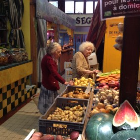 Narbonne indoor food market. Photo credit: Jacqueline Harmon Butler