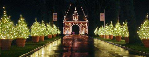 Biltmore Estates at Christmas. Photo Credit: RomanticAsheville.com Travel Guide