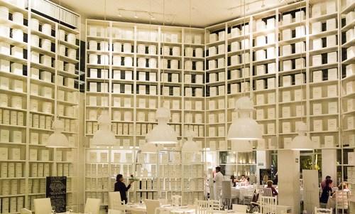 La Leche Restaurant interior