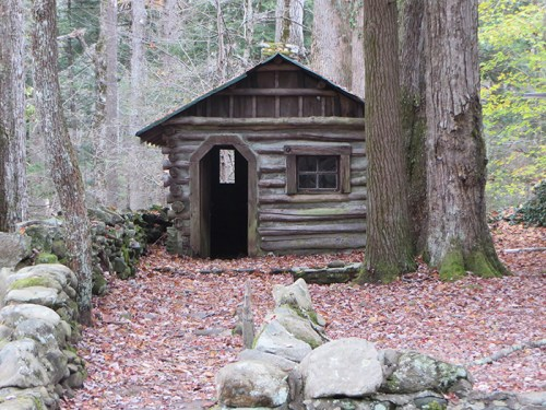 Elkmont District 1920s historical cabin
