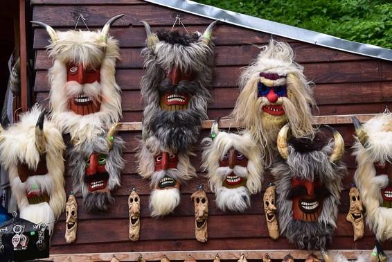 Bran Market masques
