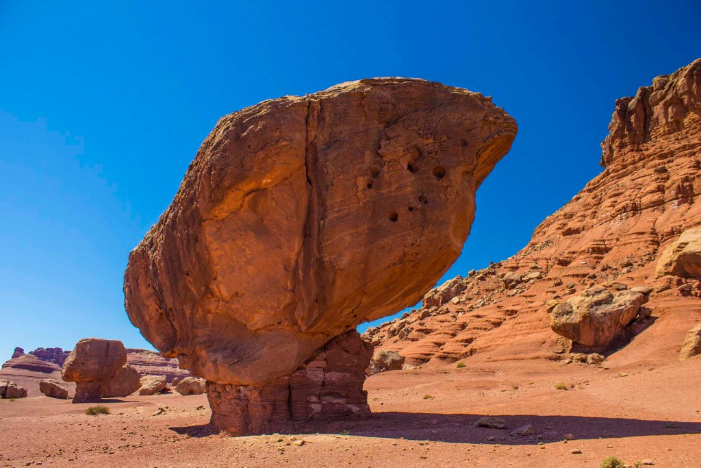 Balancing Rocks - These balancing rock formations can be found on the way from Navajo Bridge to Lee's Ferry, where the Colorado River and the Paria River join and river rafting excursions begin