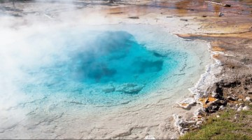 Geo Thermal Blue Pool, Yellowstone National Park