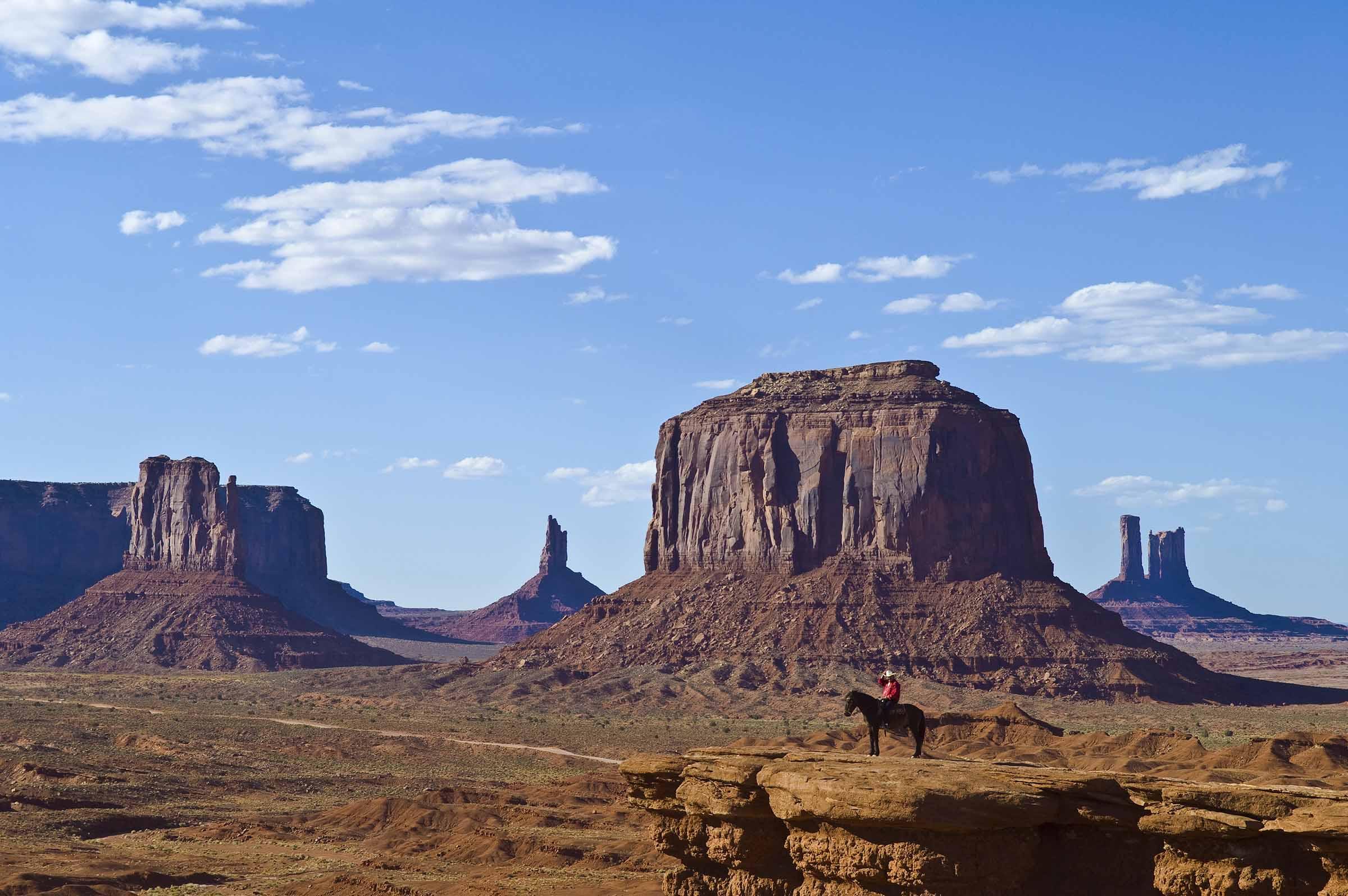 Monument Valley Arizona Utah Travelworld International Magazine