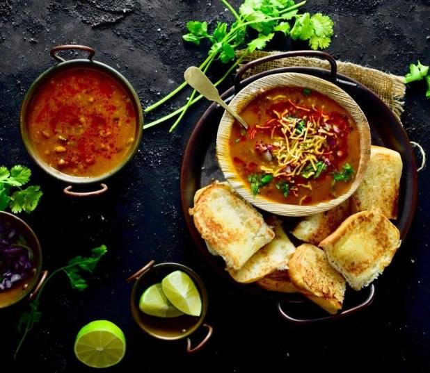 Misal Pav: Street food of Mumbai