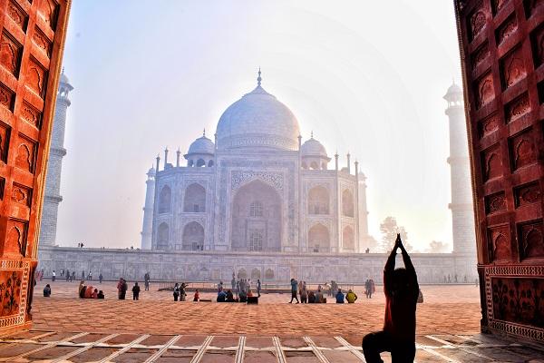 Meditation at Taj Mahal
