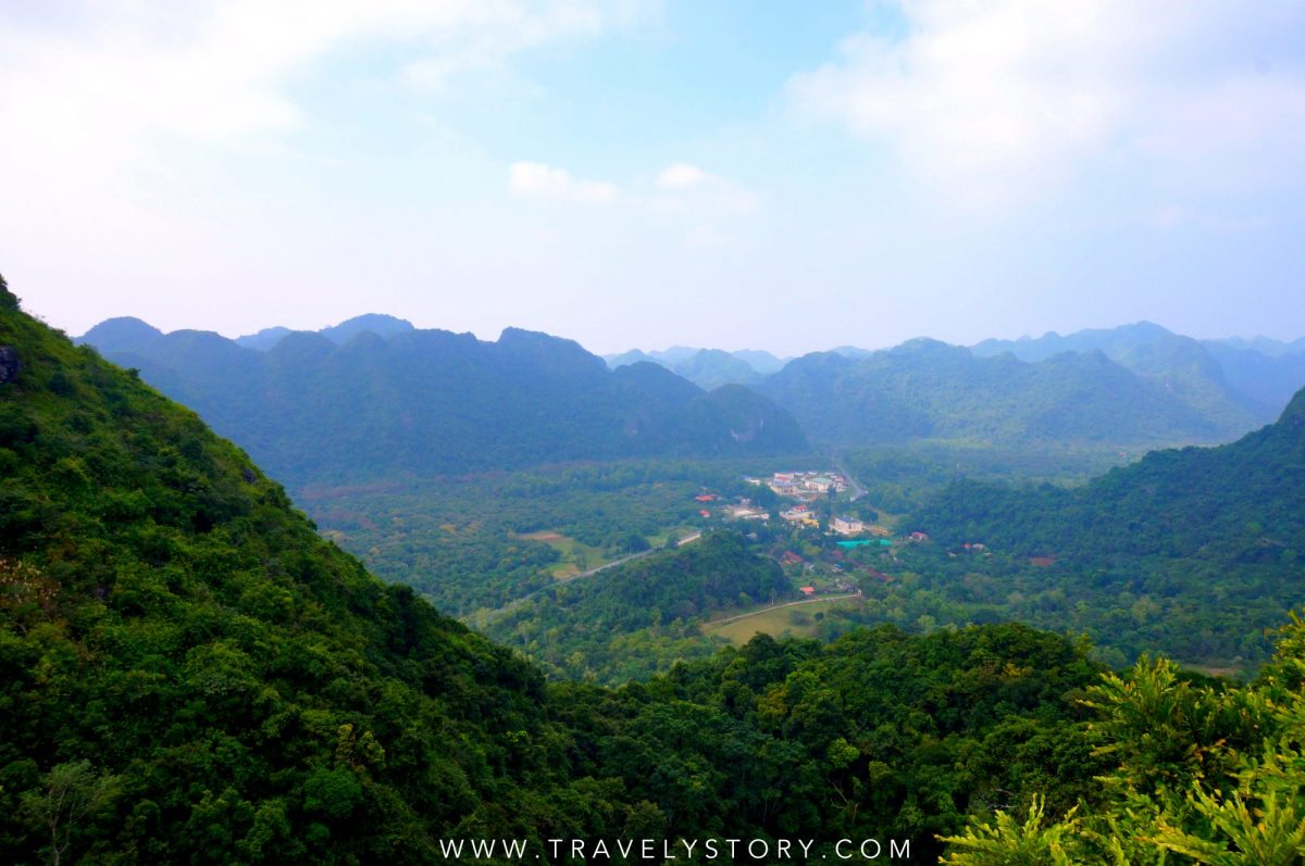 travely-story-vietnam-baie-halong-60-logo