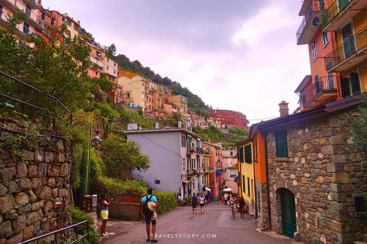 travely-story-italie-cinque-terre-147-logo