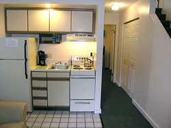 hotels with kitchen cushioned mat traverse bay inn extended stay hotel corporate rates and living area