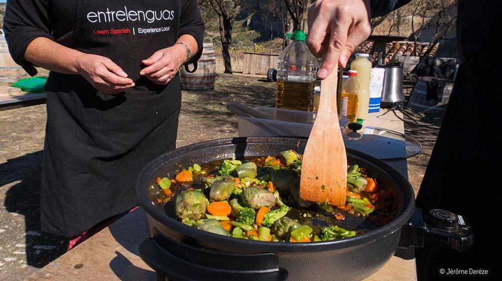 Apprendre l'espagnol - Préparer une paella dans un vignoble avec Entrelenguas