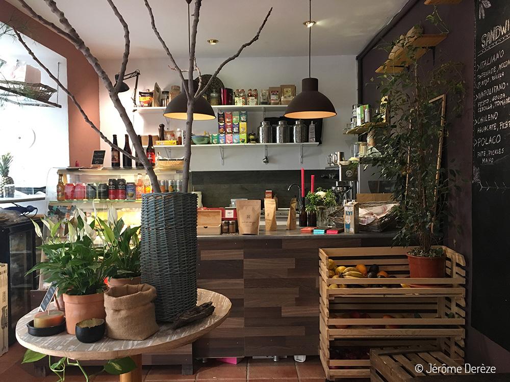 Lieux à visiter à Cordoba - Manger au restaurant vegan La Libelula Coffeeshop
