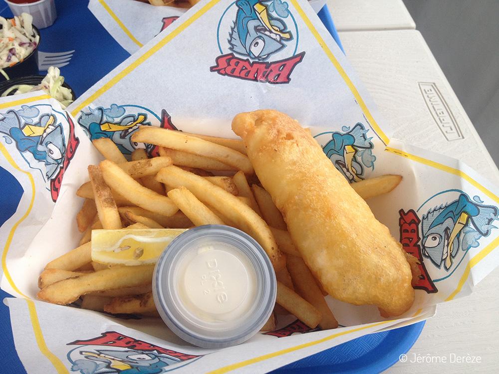 Visiter Île de Vancouver - Manger un fish and chips au village des pêcheurs à Victoria