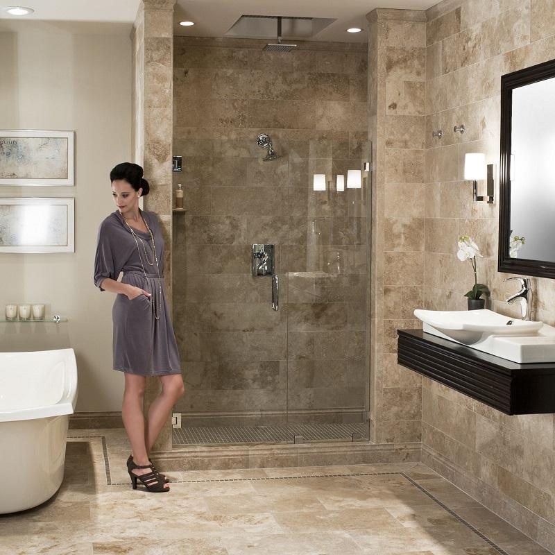 carrelage salle de bain en travertin