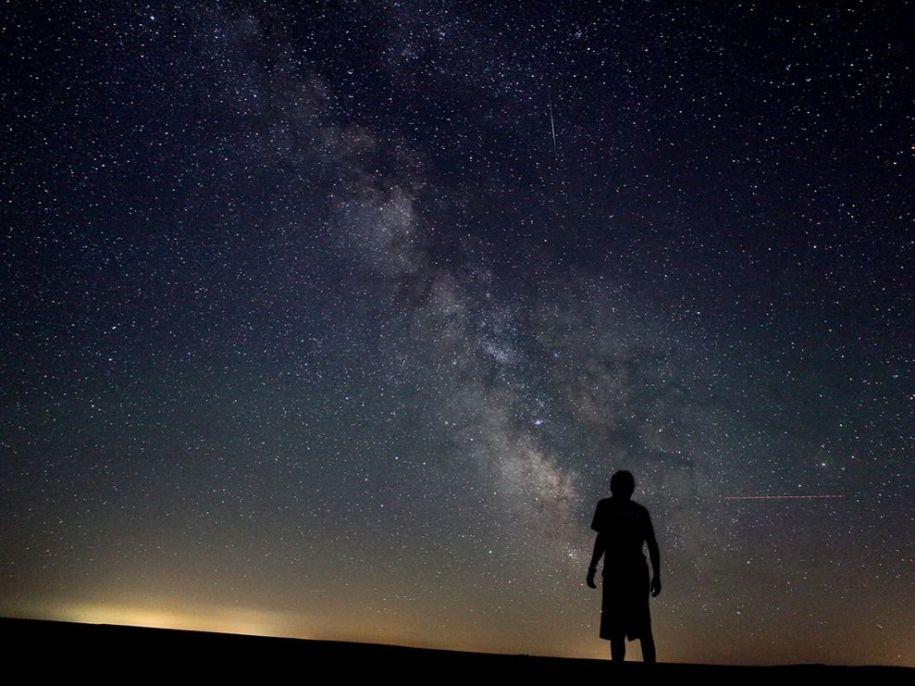 starry-sky-washington_25309_990x742