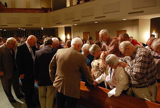 Pastors-Conference-prayer