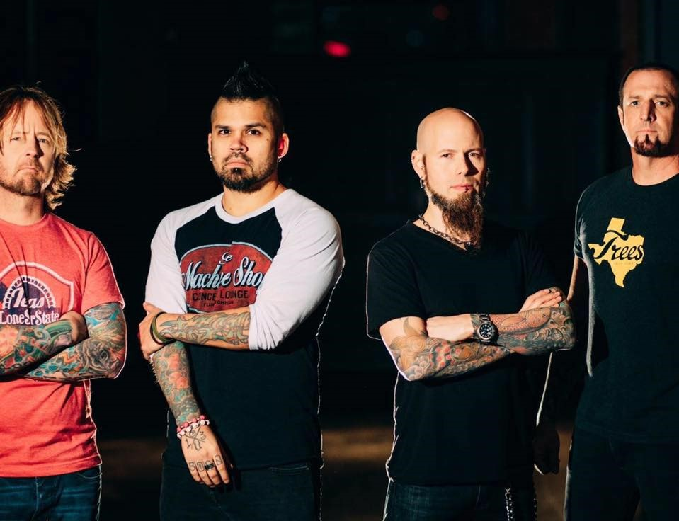 """Drowning Pool To Headline """"Not-So-Silent-Night"""" Tour"""