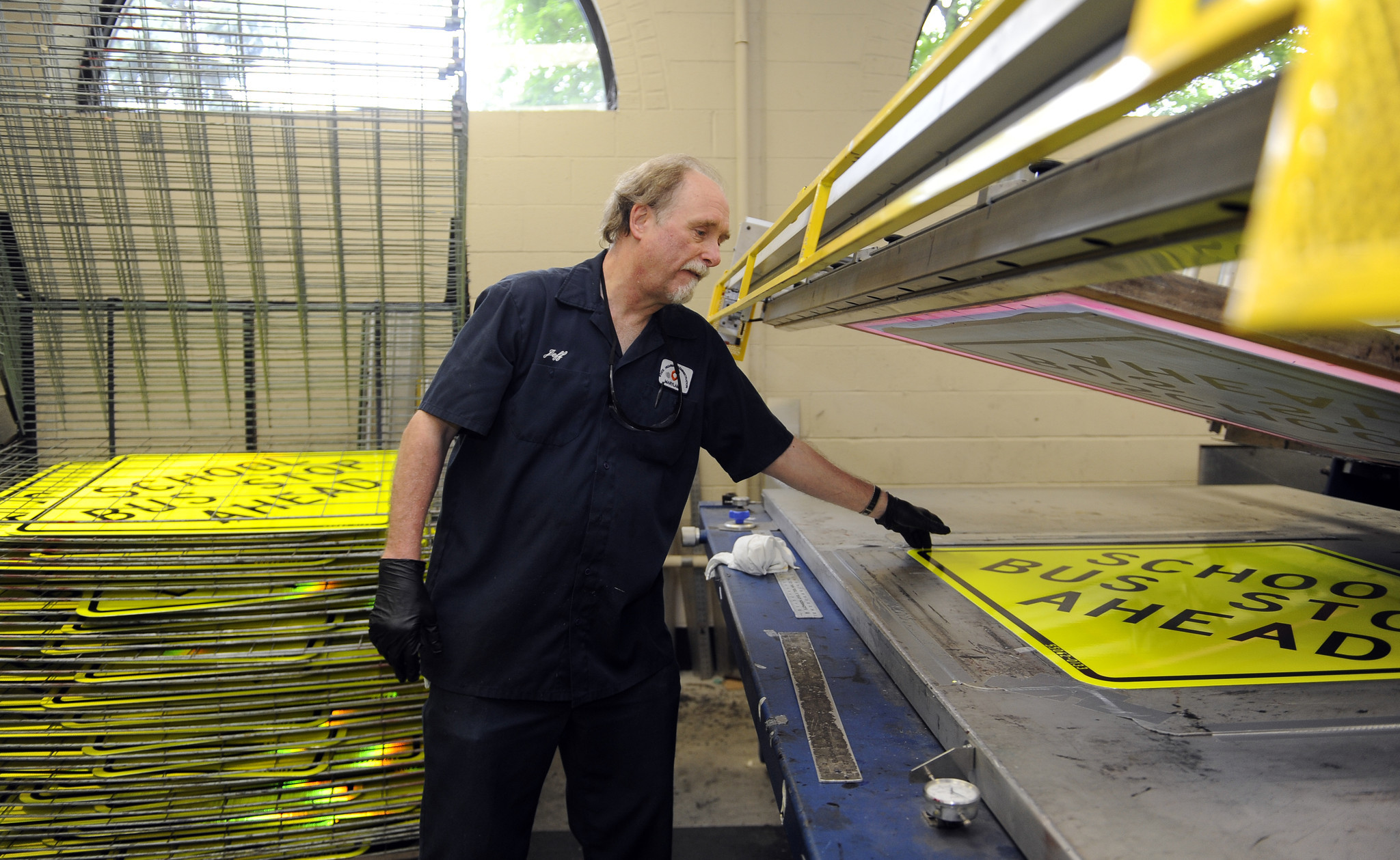 State sign shop helps keep Maryland motoring  Baltimore Sun