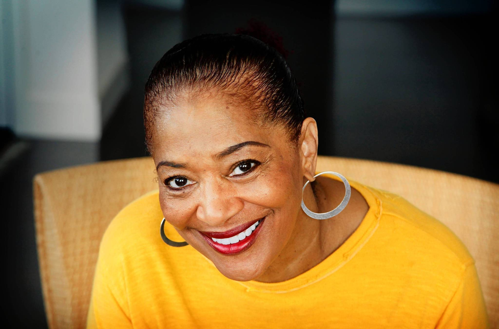 balt posture perfect chair brown office terry mcmillan addresses affairs of the heart baltimore sun