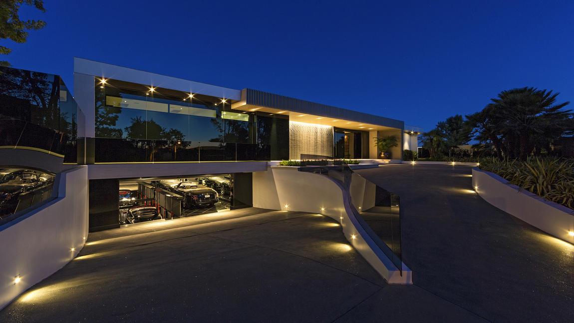 Maison de Beverly Hills en vente 85 million de propritaires Bruce Makowsky  Kathy Van Zeeland