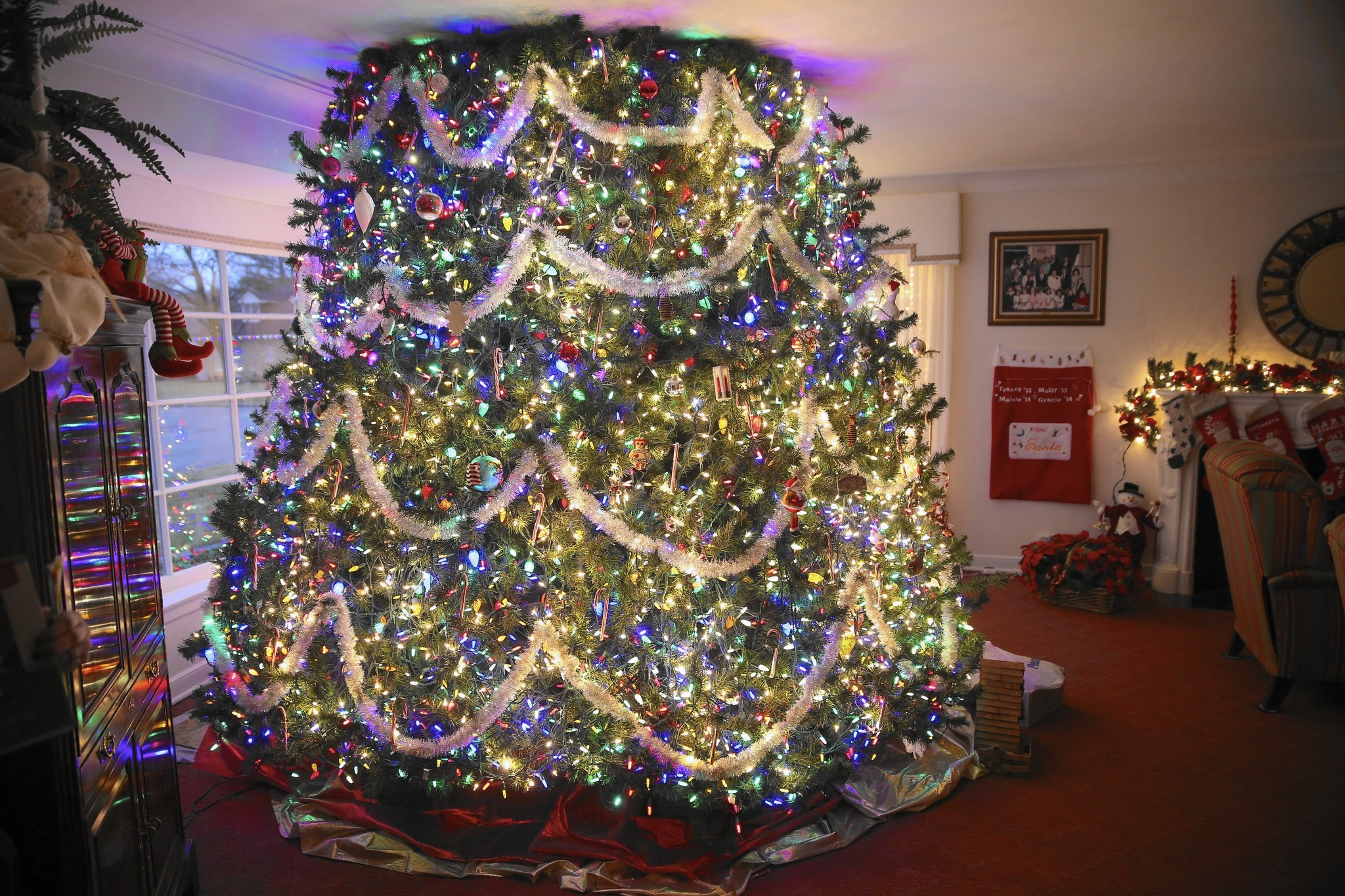 clark w griswold christmas tree