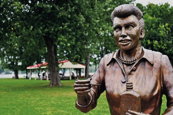 Sculptor Of 'scary' Lucille Ball Statue 'heartsick