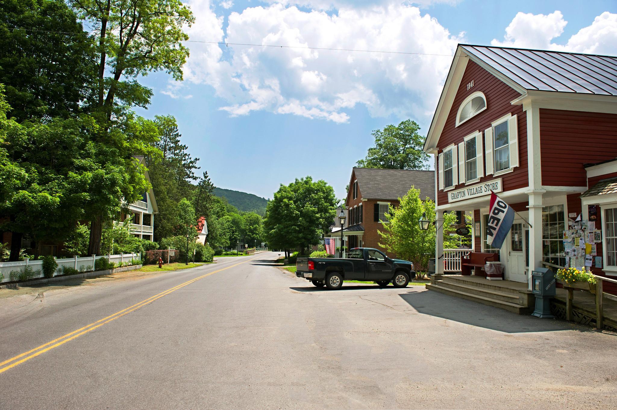 Village Jay Inn