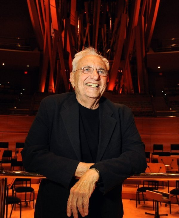 Frank Gehry Wins Getty Trust' Annual Career Achievement
