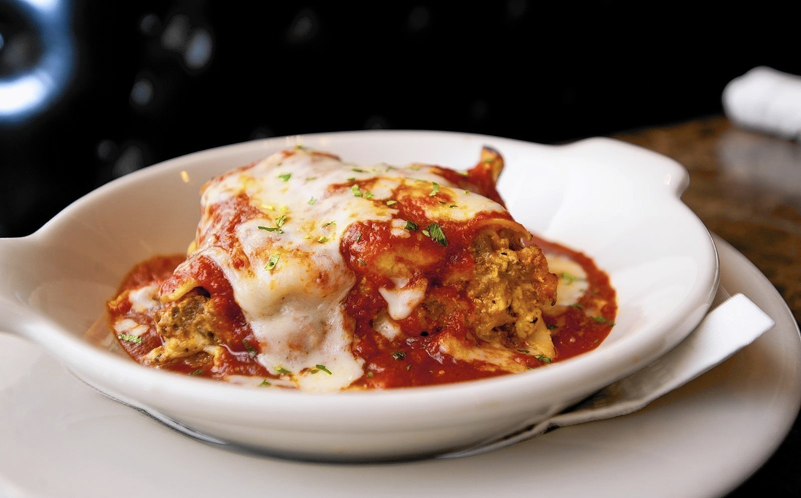 Dining Review Maggianos Little Italy Annapolis Capital